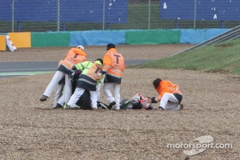 Leon Camier crash