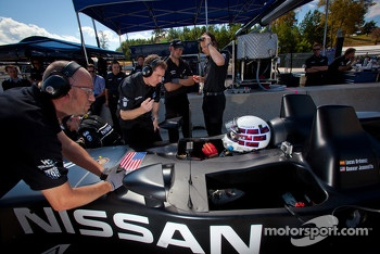 Johnny O'Connell tests the #0 Nissan DeltaWing Project 56 Nissan talks with Ben Bowlby
