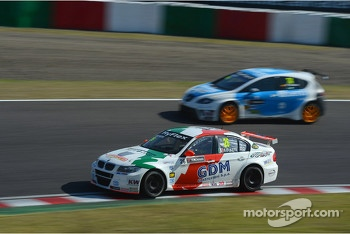 Stefano D'Aste, BMW 320 TC, Wiechers-Sport and Pepe Oriola, SEAT Leon WTCC, Tuenti Racing Team
