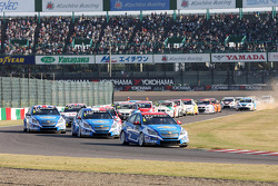 Start of the race, Alain Menu, Chevrolet Cruze 1.6T, Chevrolet