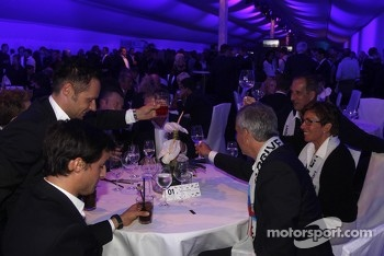 Jens Marquardt, BMW Motorsport Director celebrates with BMW drivers