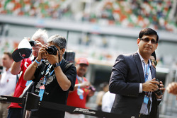 Fans outside the Sahara Force India F1 Team garage