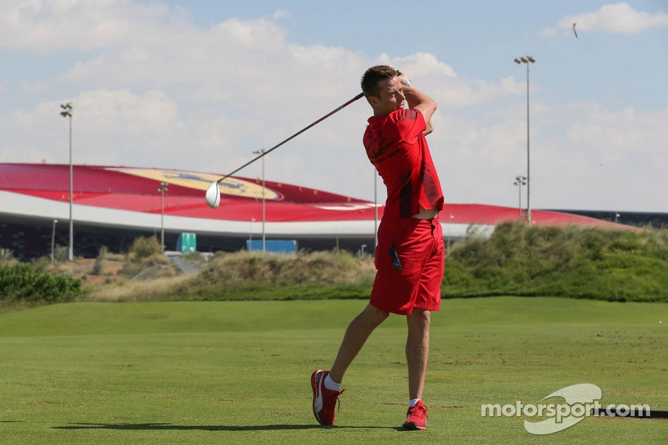 James Courtney golfs