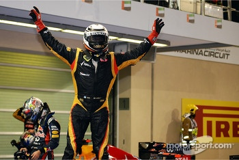 Race winner Kimi Raikkonen, Lotus F1 Team celebrates in parc ferme