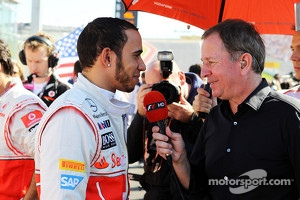 Lewis Hamilton, McLaren with Martin Brundle, Sky Sports Commentator on the grid