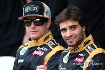 Jrme d'Ambrosio, third driver,  Lotus F1 Team  and Kimi Raikkonen, Lotus F1 Team