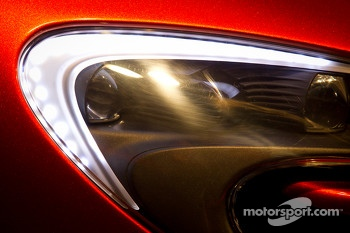 McLaren P1 headlight