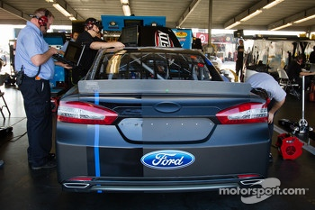 Car of Aric Almirola, Richard Petty Motorsports Ford