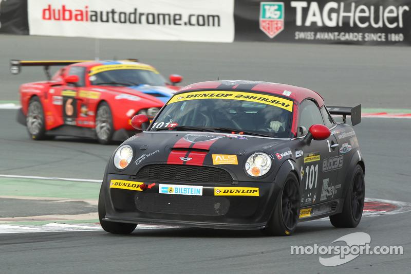 #101 s.i.g. Motorsport Mini R58 JCW Coupe: Henry Littig, Friedhelm Erlebach, Steven Fürsch, Stefan Kolb, Lothar Sausemuth