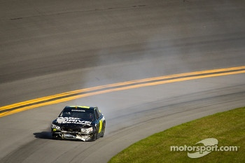 Jeff Gordon, Hendrick Motorsports Chevrolet with damage
