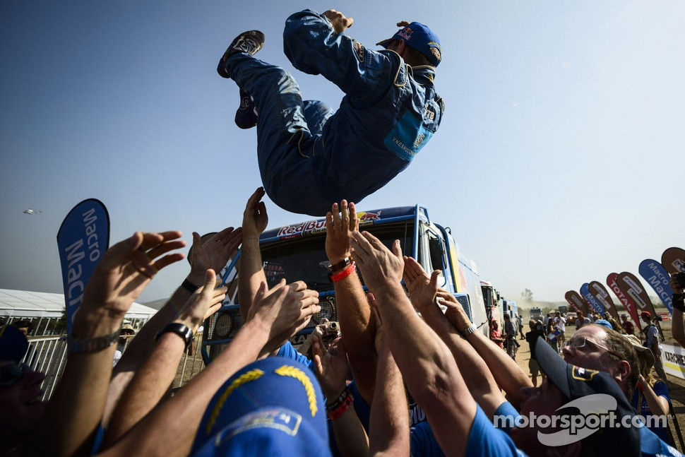 Kamaz team celebrates with Truck winner Eduard Nikolaev