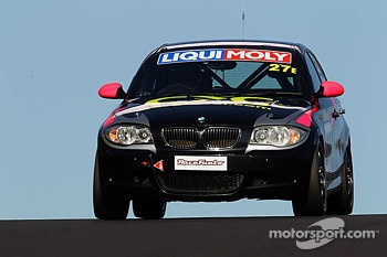 #27 BMW 130i: Allan Shephard, Justin Garioch, Dylan Thomas