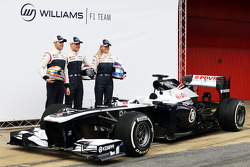 Pastor Maldonado, Williams F1, Valtteri Bottas, Williams F1 and Susie Wolff, Williams F1 development driver unveil the FW35
