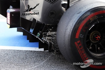 McLaren MP4-28 sensor equipment on the rear diffuser