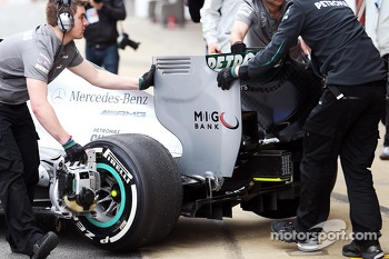 Mercedes AMG F1 W04 rear wing detail