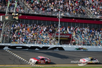 Kevin Harvick, Richard Childress Racing Chevrolet takes the checkered flag ahead of Greg Biffle, Roush Fenway Racing Ford