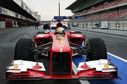 Felipe Massa, Ferrari F138 stops in the pit lane