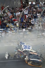 Last lap crash: Kyle Larson and Nelson A. Piquet crash