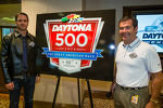 2013 Daytona 500 winner Jimmie Johnson, Hendrick Motorsports Chevrolet, with crew chief Chad Knaus and Daytona International Speedway President Joie Chitwood unveil the 2014 Daytona 500 logo