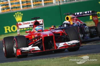 Fernando Alonso, Ferrari F138 leads Sebastian Vettel, Red Bull Racing RB9