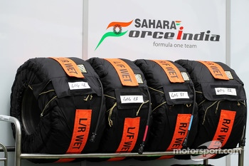 Sahara Force India F1 Team wet tyre blankets