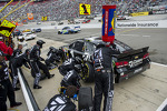 Jamie McMurray, Earnhardt Ganassi Racing Chevrolet pitstop