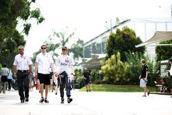 Beat Zehnder, Sauber F1 Team Manager with Nico Hulkenberg, Sauber and Esteban Gutierrez, Sauber