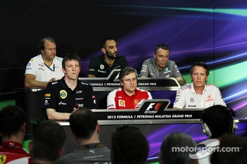 The FIA Press Conference, Sahara Force India F1 Team Deputy Team Principal; James Allison, Lotus F1 Team Technical Director; Cyril Abiteboul, Caterham F1 Team Principal; Pat Fry, Ferrari Deputy Technical Director and Head of Race Engineering; Bob Bell, Me