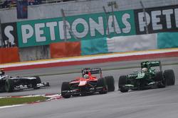 Jules Bianchi, Marussia F1 Team MR02 and Giedo van der Garde, Caterham CT03