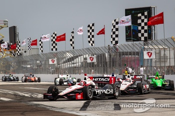 Helio Castroneves, Team Penske Chevrolet leads Will Power, Team Penske Chevrolet