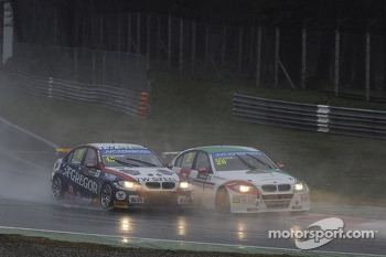 Tom Coronel, BMW E90 320 TC, ROAL Motorsport  and Stefano D'Aste, BMW 320 TC, PB Racing