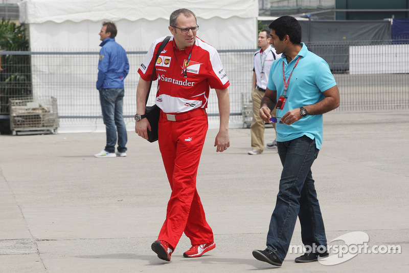 Stefano Domenicali, Ferrari General Director with Karun Chandhok