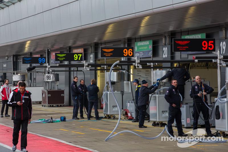 Aston Martin fielding 4 cars for home WEC race