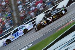 Brian Vickers, Joe Gibbs Racing Toyota and Jamie McMurray, Earnhardt Ganassi Racing Chevrolet