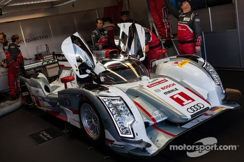 #1 Audi Sport Team Joest Audi R18 e-tron quattro