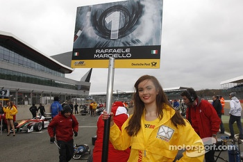 Gridgirl of Raffaele Marciello