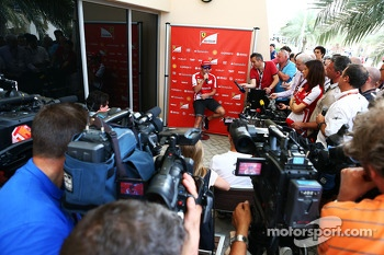 Fernando Alonso, Ferrari with the media