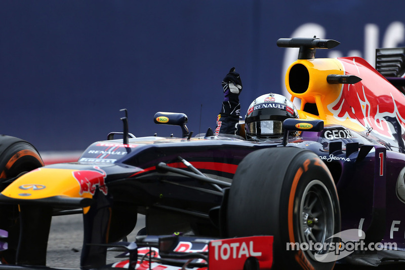 Sebastian Vettel, Red Bull Racing takes the win