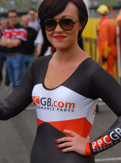PPCGB.COM/Kraftwerk Racing Grid girl