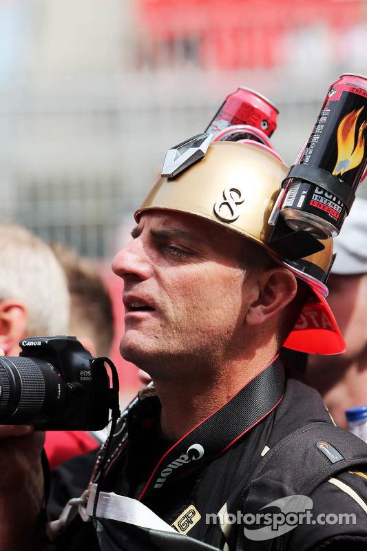 Lotus F1 Team fan