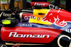 Lotus F1 E21 of Romain Grosjean, Lotus F1 Team in parc ferme