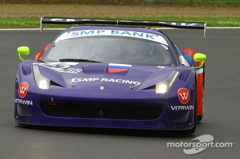 #72 SMP RACING FERRARI F458 ITALIA GT3: MAURIZIO MEDIANI, BORIS ROTENBERG, SERGUEY ZLOBIN