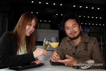 Charles Ng, BMW E90 320 TC, Liqui Moly Team Engstler and his girlfriend