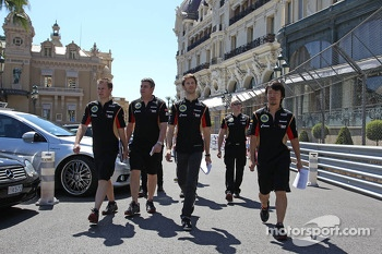 Romain Grosjean, Lotus F1 Team walks the circuit