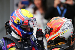 Mark Webber, Red Bull Racing with Kimi Raikkonen, Lotus F1 Team