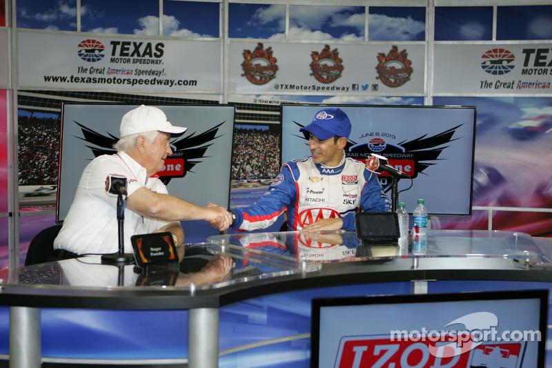 Roger Penske and race winner Helio Castroneves