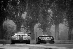 #99 Aston Martin Racing Aston Martin Vantage GTE: Rob Bell, Frédéric Makowiecki, Bruno Senna, Jonny Adam, #31 Lotus Praga LMP2 Lotus T128: Kevin Weeda, James Rossiter, Christophe Bouchut, Joao Paulo de Oliveira