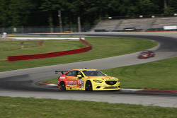 #00 Visit Florida Racing Mazda6 GX: Joel Miller, Tristan Nunez
