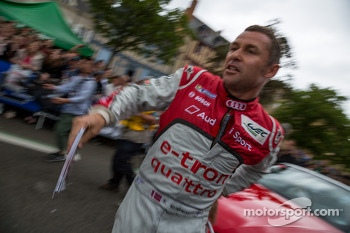 Tom Kristensen entertaining the crowd with his antics