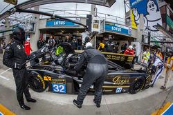 Pit stop for #32 Lotus Praga LMP2 Lotus T128: Thomas Holzer, Dominik Kraihamer, Jan Charouz
